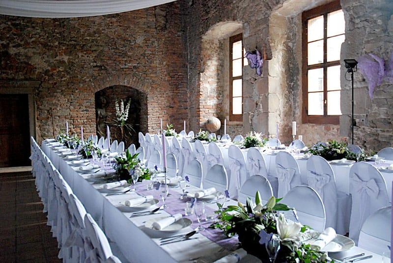 Svatební hostina na hradě Lipnice
