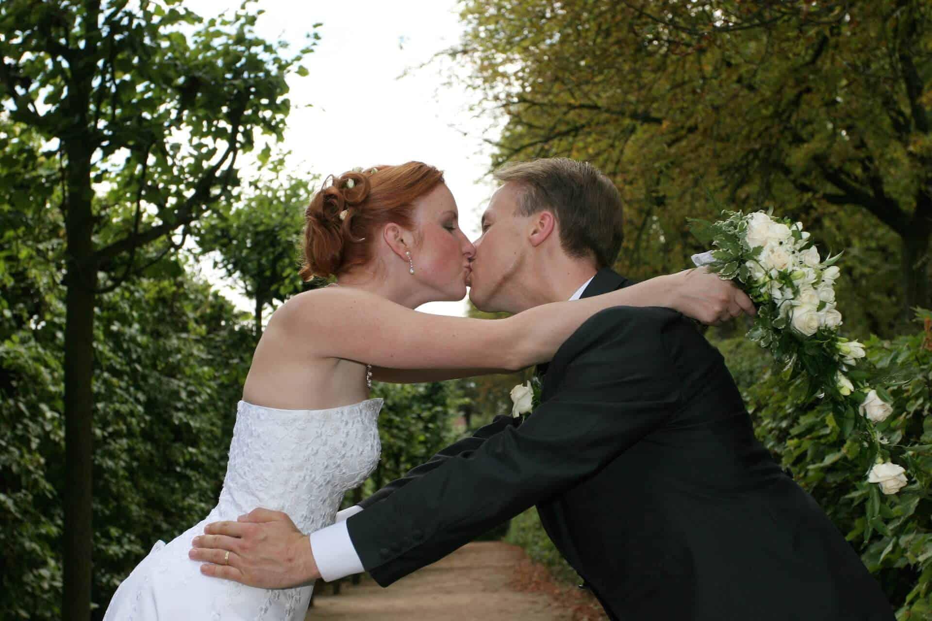 Svatba Havlíkovi - ve francouzském parku jsme si dali spousty hubiček