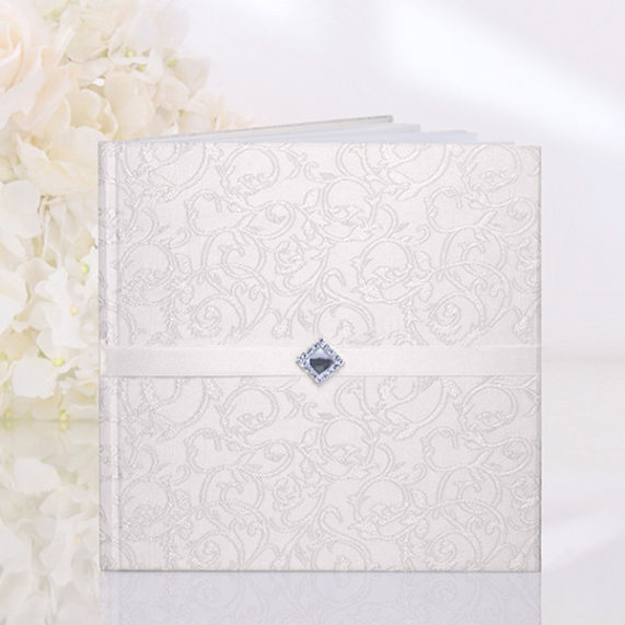 Svatební kniha 40 stran, krémová barva se vzorem, rozměr 20,5 x 20,5 cm