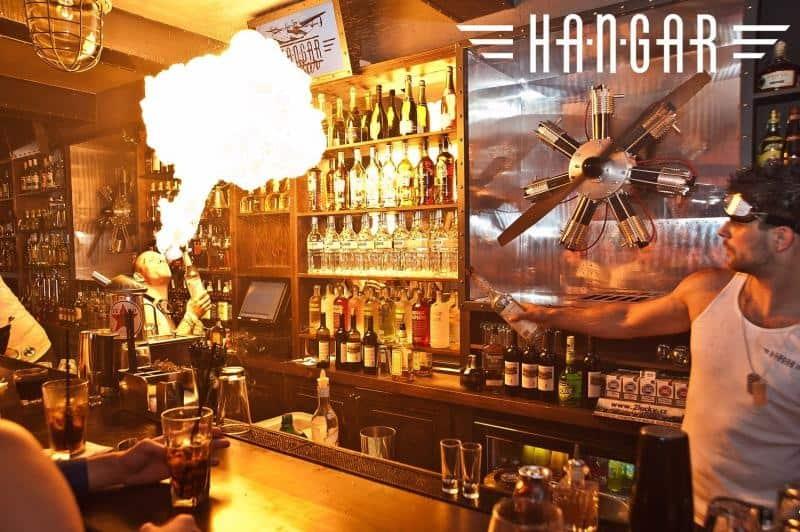 Ohnivá show Hangar bar