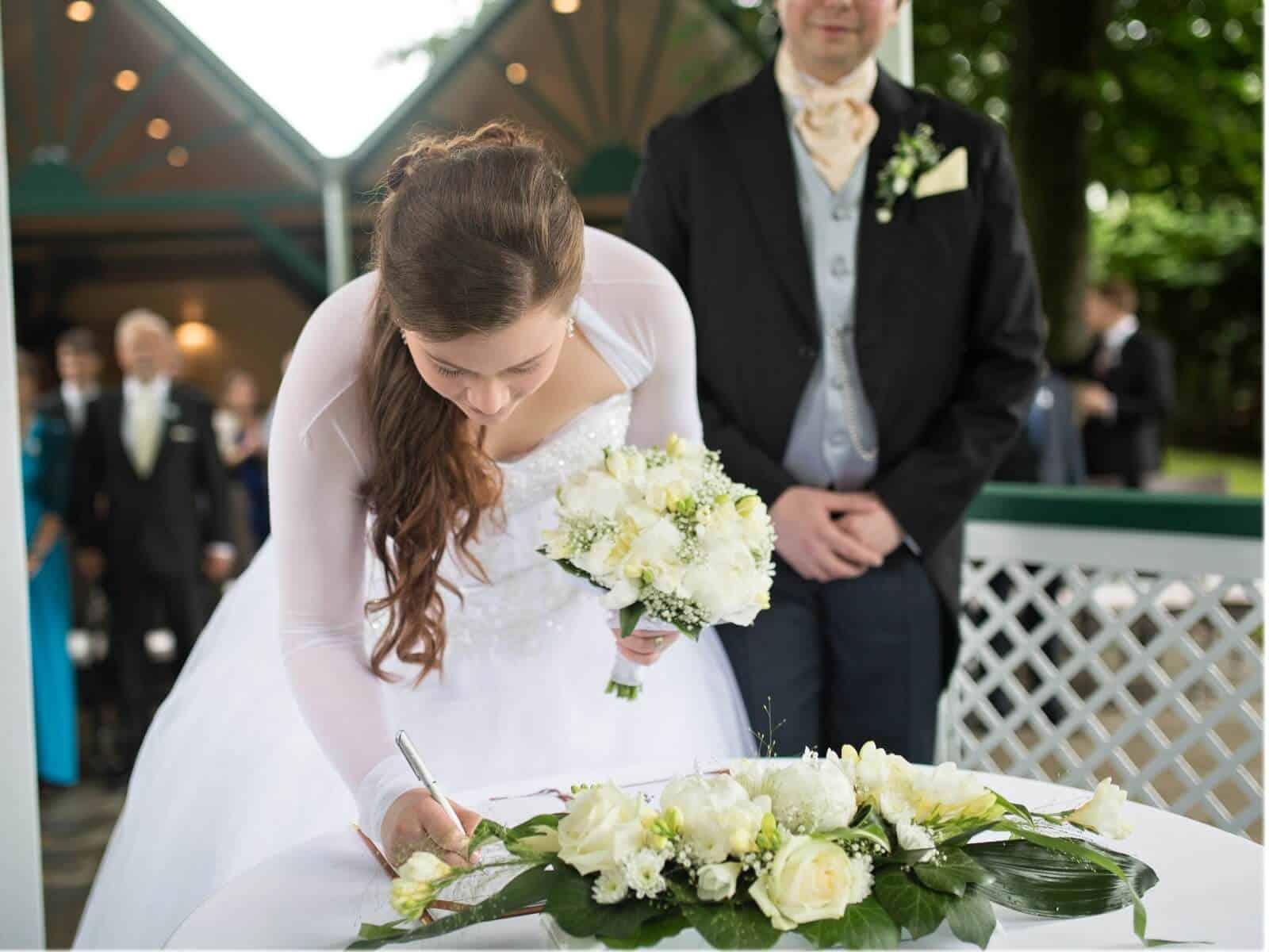 Výzdoba svatebního obřadu a svatební kytice