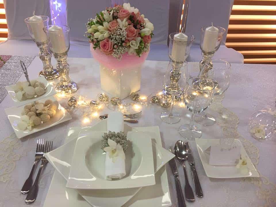 Nebozízek - Svatební tabule osvětlená