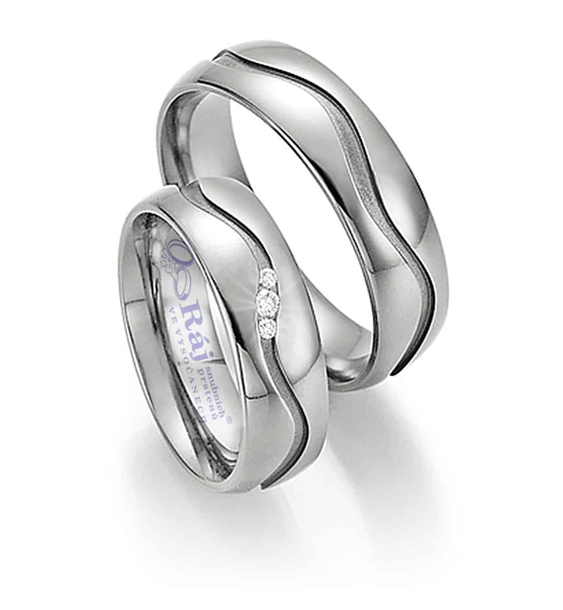 Ráj snubních prstenů elegance s vlnkou