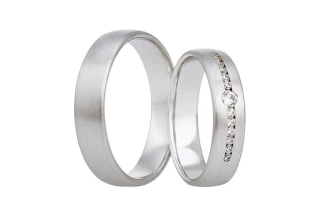 Snubní prsteny zdobené