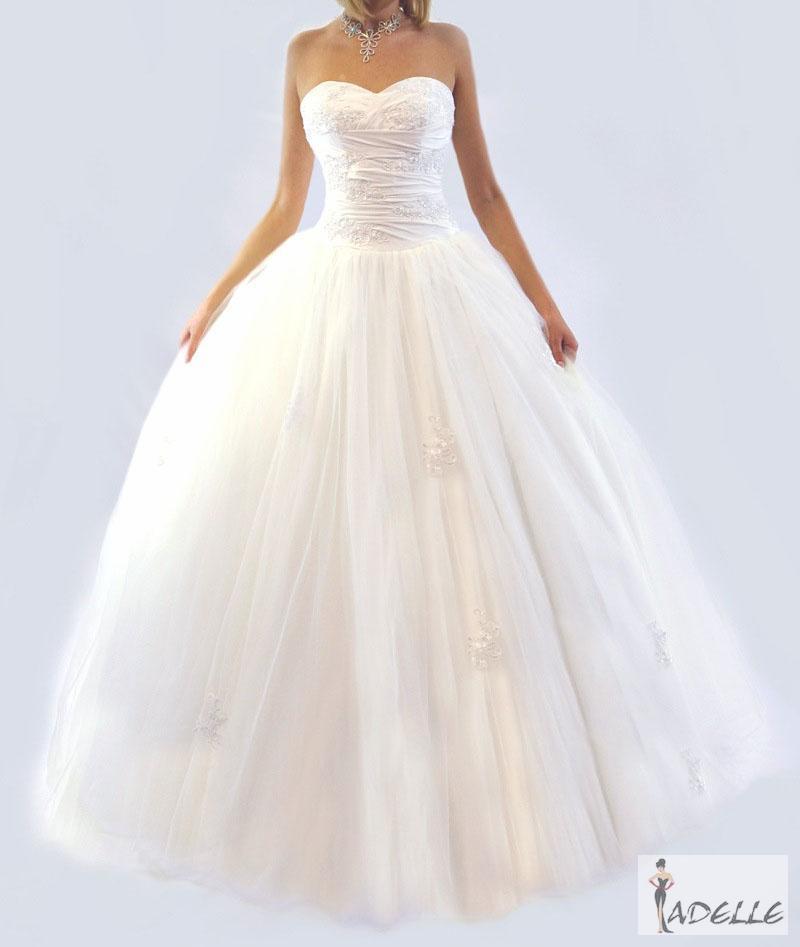 Šaty se širokou sukní Salon Adelle