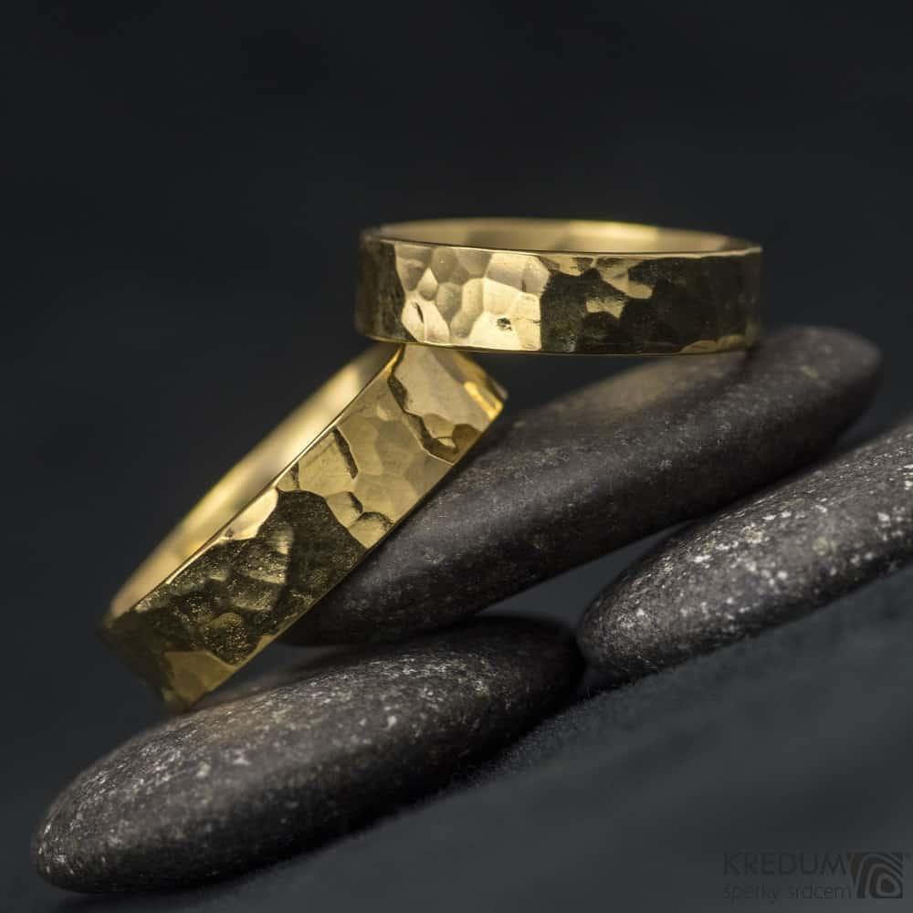 Snubni prsteny ze zlata Golden Draill