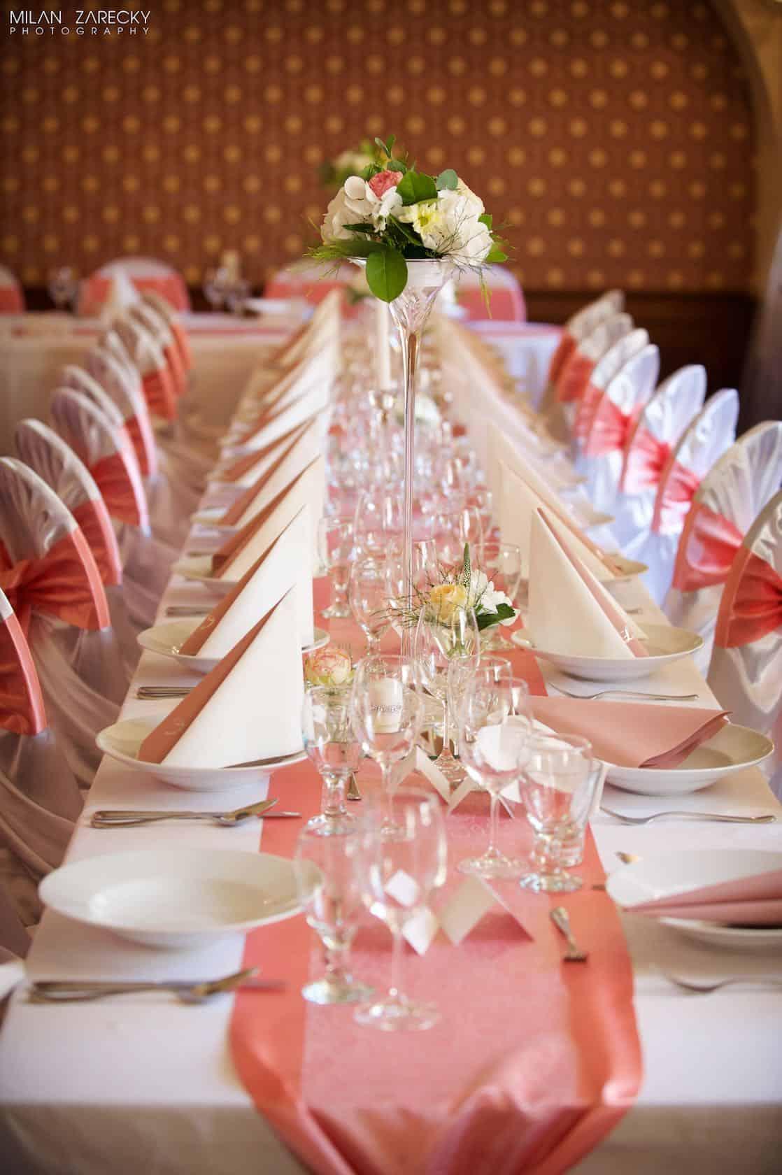 Hotel Octárna svatební tabule levé křídlo