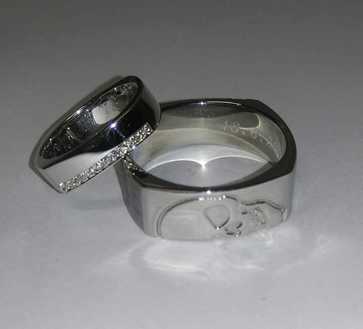 Zlatnictví Kalaš snubní prsteny lebka