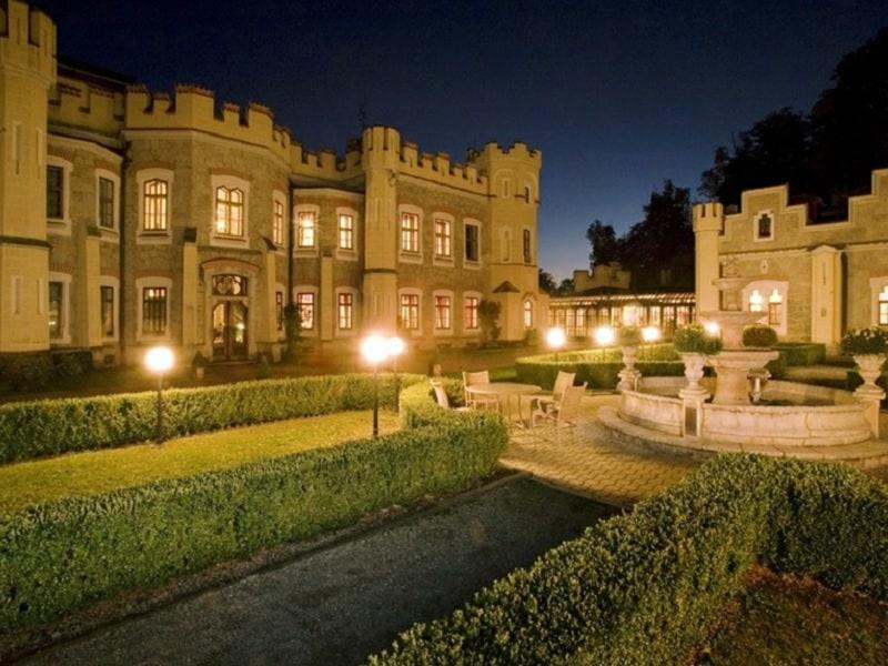 Líbánky na zámku