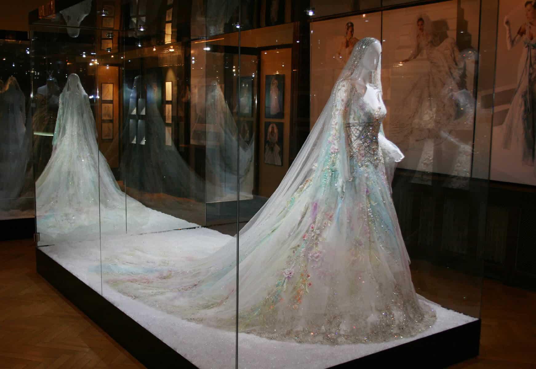 Svatební šaty pro arabskou princeznu