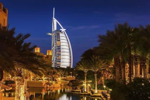 Cestovní agentura e-travel.cz pohled na hotel v Dubaji