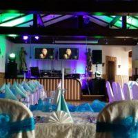Dirami svatební tabule modrobile nazdobená