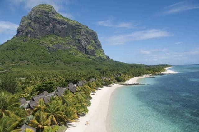 Dovolená snů s.r.o. čistá pláž s horou