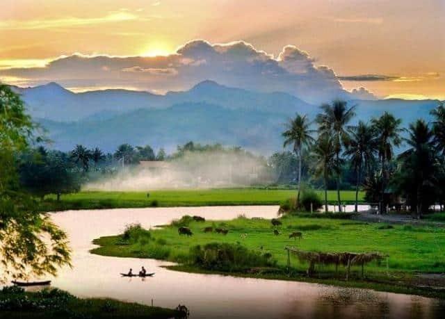 Dovolená snů s.r.o. ohyb řeky s palmami