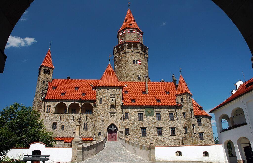 Svatba snů na hradě Bouzov