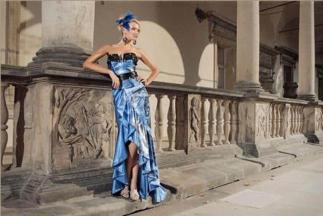 Jiřina Tauchmanová modré šaty