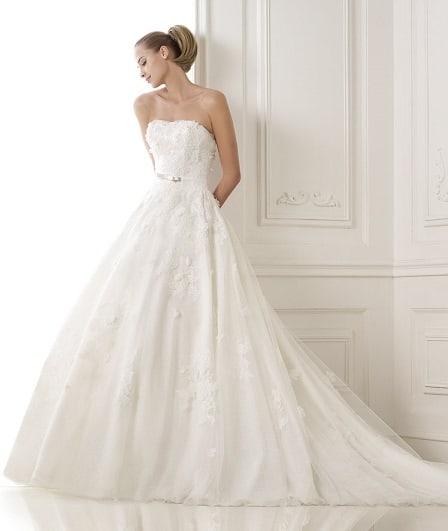 Svatební šaty Pronovias basira