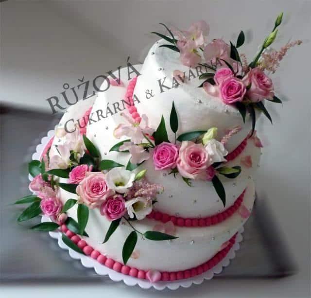 Růžová Cukrárna & Kavárna dort s růžemi