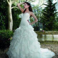 Salon JAS šaty s volánovou sukní