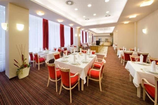 Spa Resort Sanssouci červená tabule
