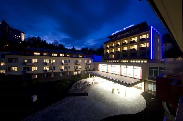 Spa Resort Sanssouci v noci