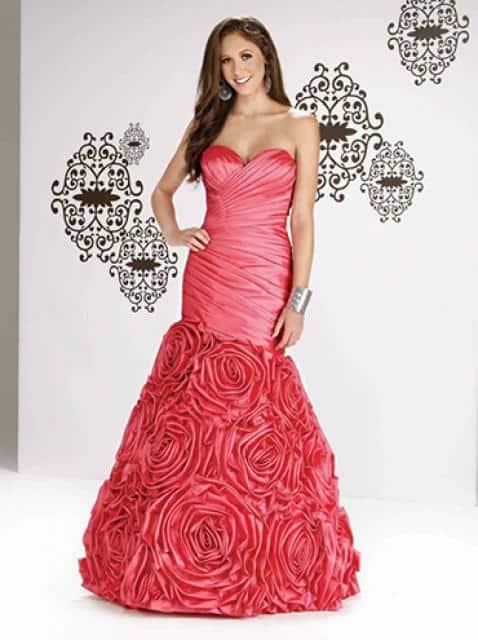 Svatba snů šaty s růžemi
