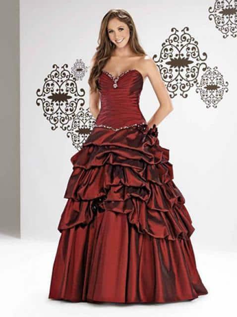 Svatba snů vínové šaty