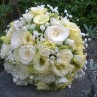 Svatební kytice z kopretinové bílá kytice