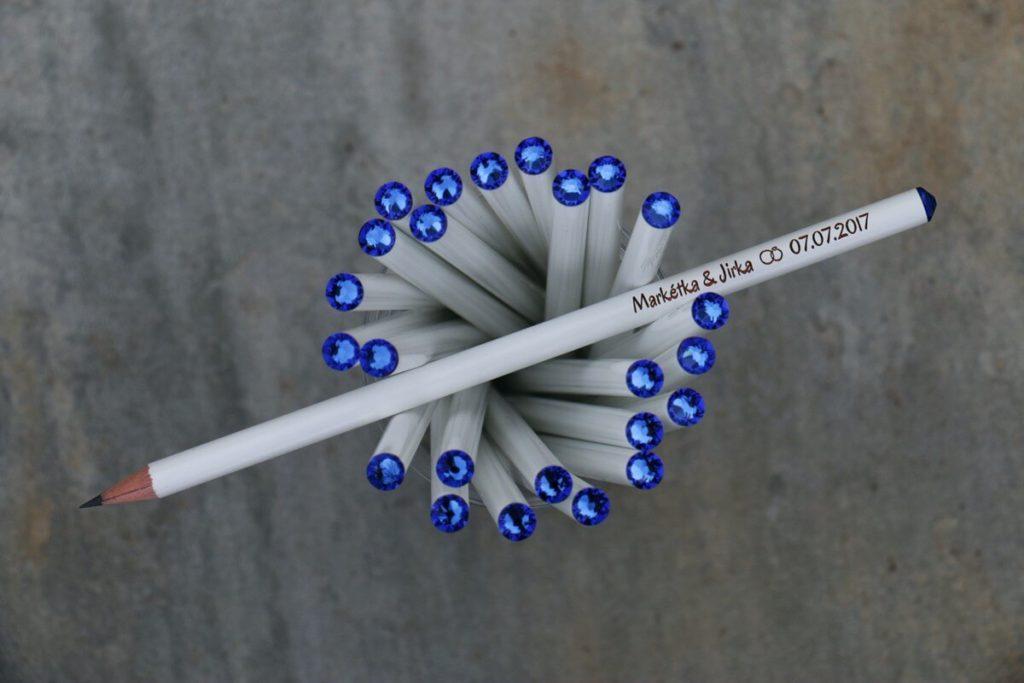 Bílá tužka s modrým krystalem Svarowski, s vašimi jmény a datem svatby