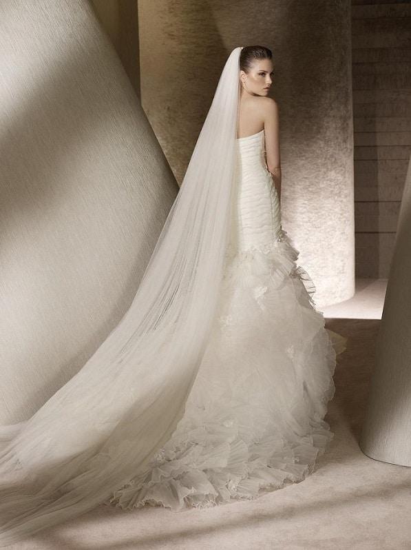Svatební šaty Naive2