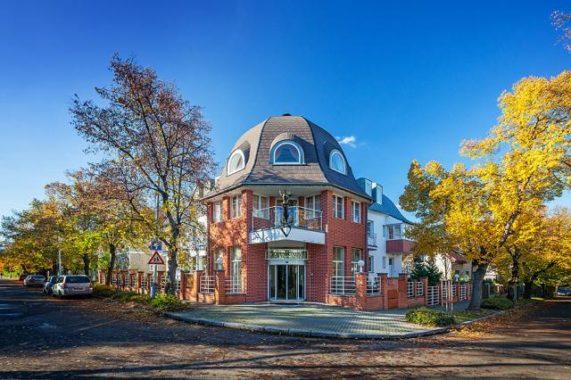 Villa Voyta zvenku