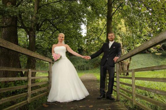 Zámecký areál Ctěnice novomanželé
