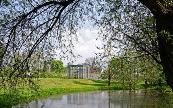 Zámecký areál Ctěnice zahrada