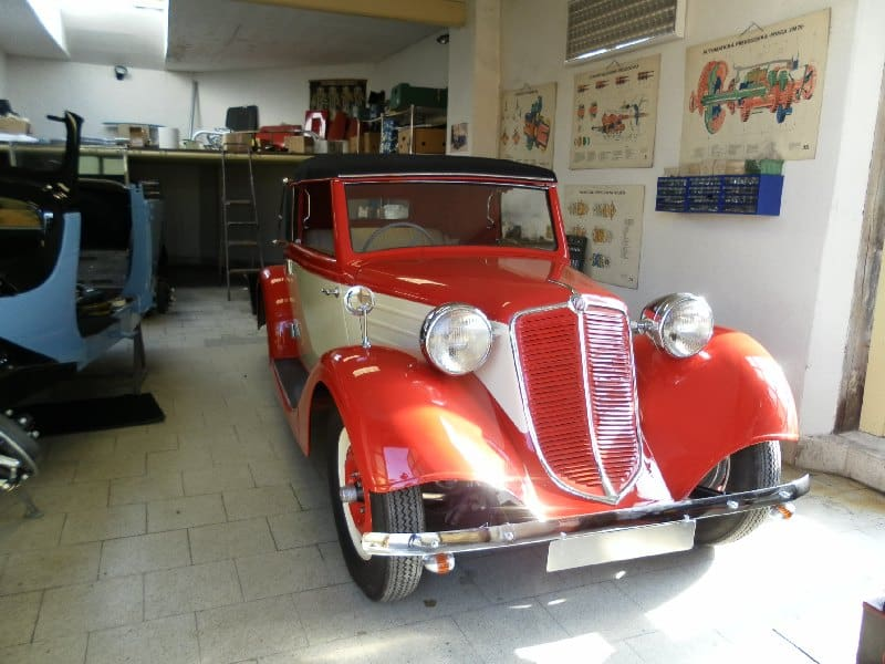 Auto-Vujtek-1340610537
