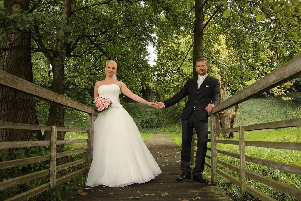Zámecký areál Ctěnice - novomanželé