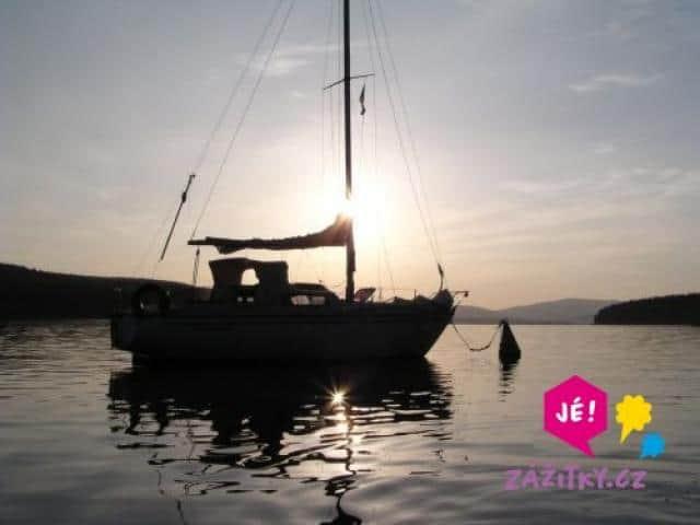 Darujte zážitek - plavba jachtou