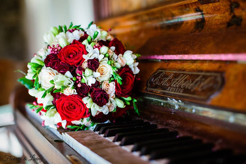 FLOWERS&LIVING_piano