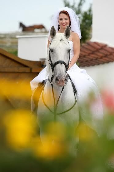 Favory Benice - nevěsta na koni
