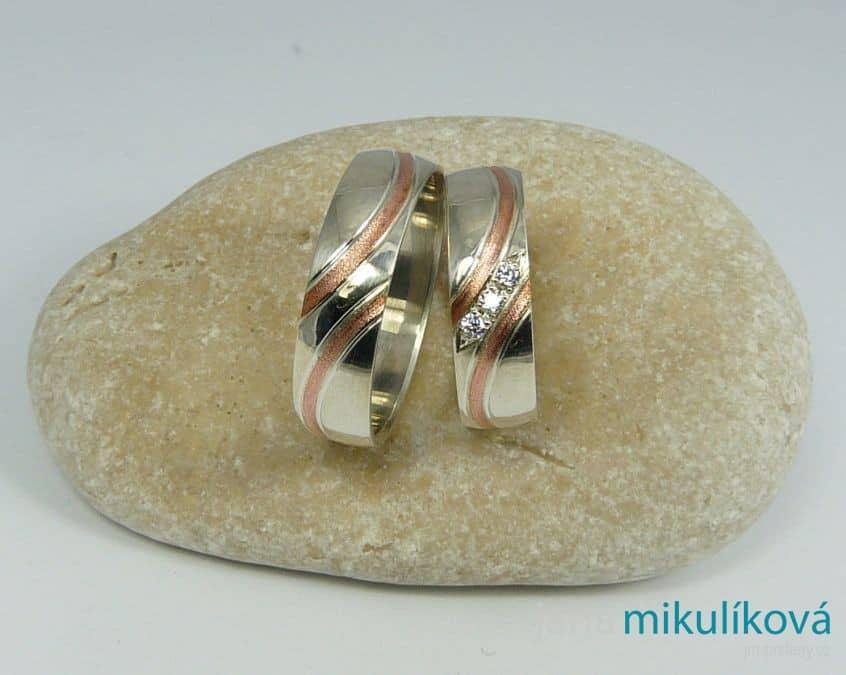Jana Mikulíková - snubní prsteny červené zlato
