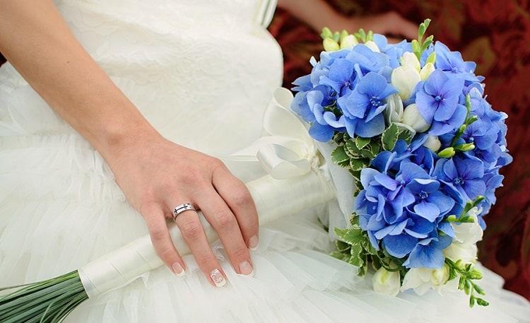 Svatební kytice Frézie