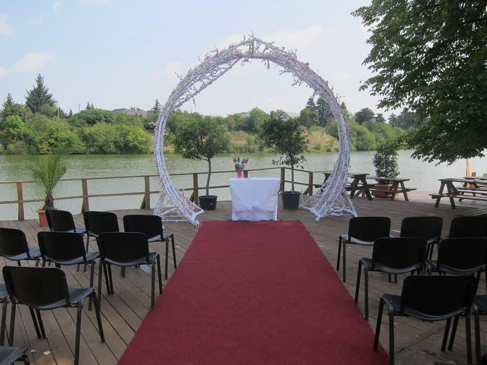 Svatební obřad na molu