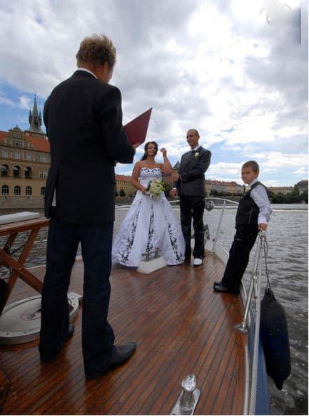 Svatba na parníku