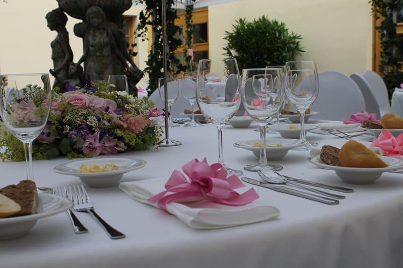 Prague catering detail svatební tabule