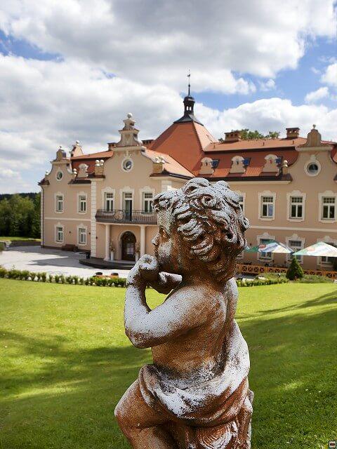 Zámek Berchold - socha