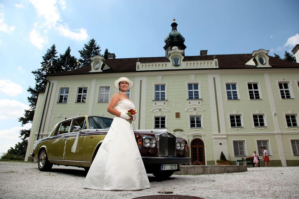 Zámek Zalužany - nevěsta