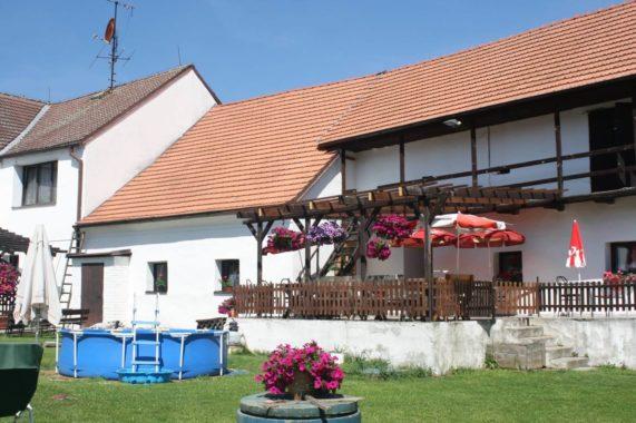 Penzion s restaurací Statek Ratzka
