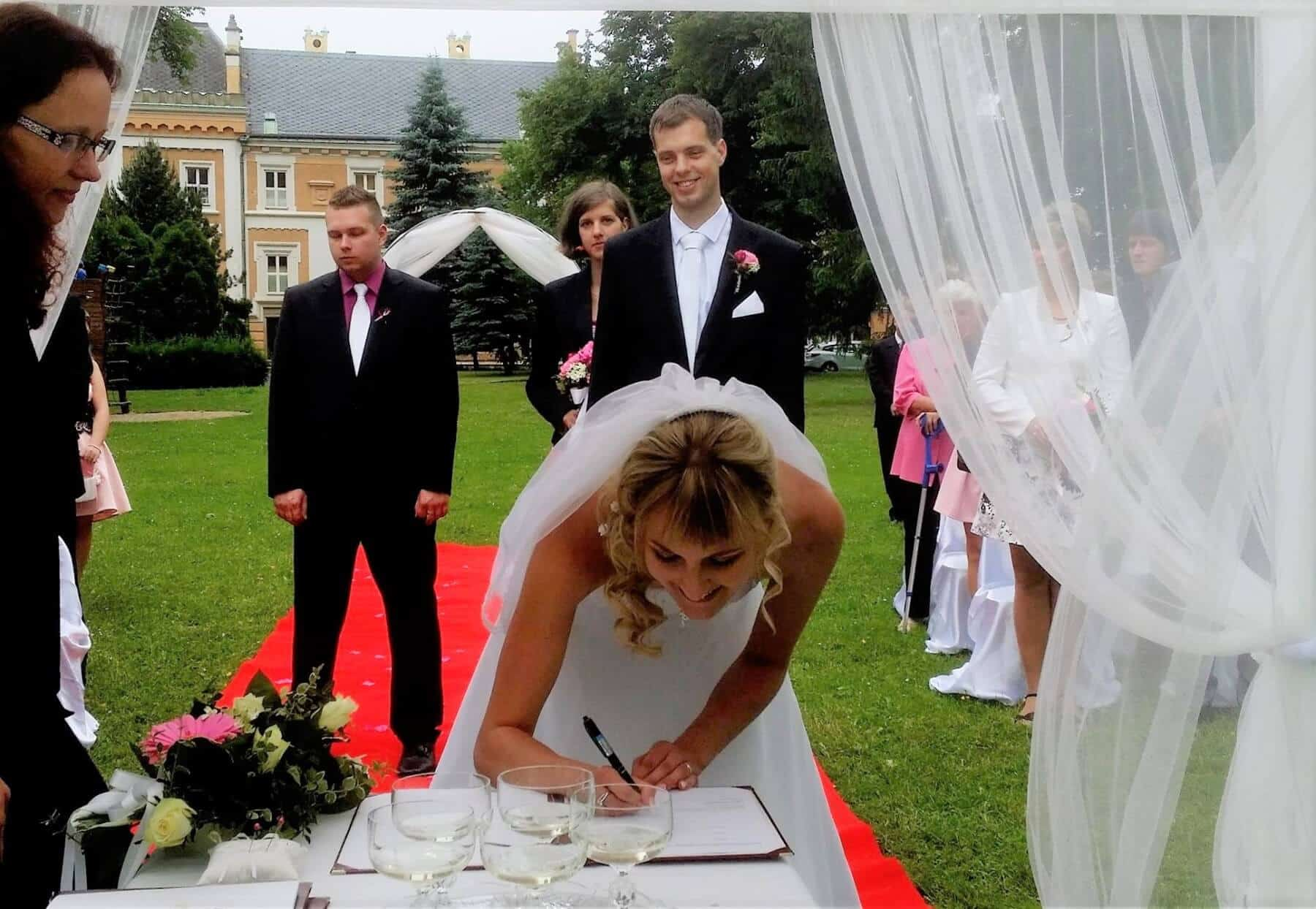 Zámek Světlá nad Sázavou - podpis novomanželů