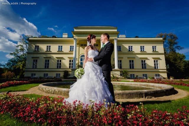 Nový zámek Kostelec nad orlicí novomanželé