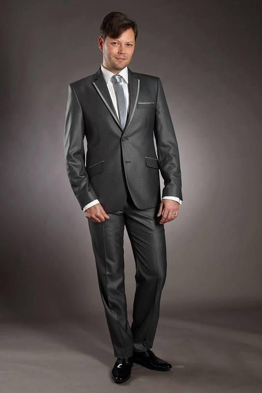 Pánský oblek šedý