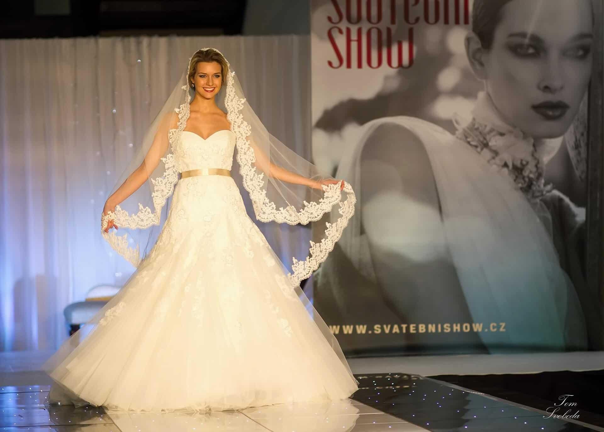 Svatební SHOW Brno nevěsta se zvojem